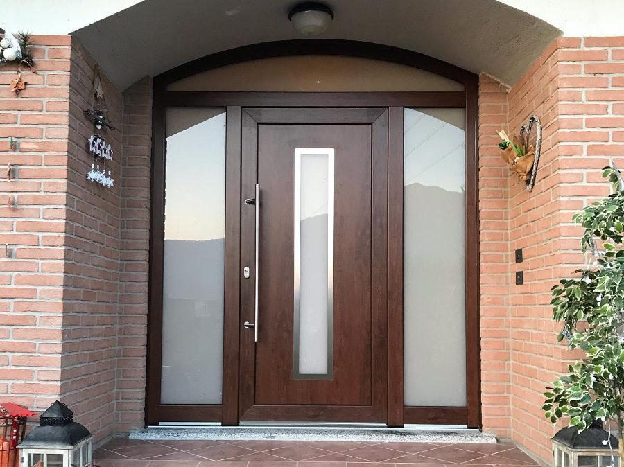 Porta d'ingresso in PVC da Serramenti Ranaudo