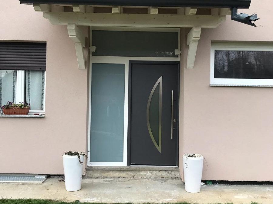 Porta d'ingresso in alluminio da Serramenti Ranaudo